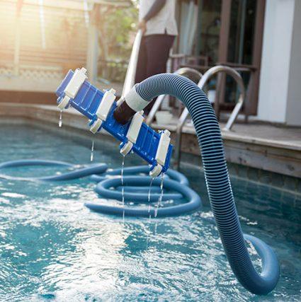 Entretien de piscine sur Lyon